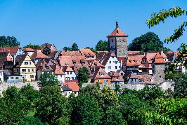 Weniger Steuereinnahmen durch Corona für Kommunen | Foto (c) pixelRaw/pixabay.com