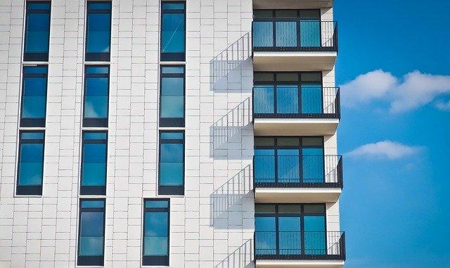 Welche Rechte und Pflichter bei Balkonen und Terrassen haben |  Foto (c) MichaelGaida/pixabay.com