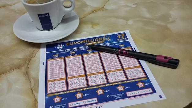 Lottogewinn zu versteuern