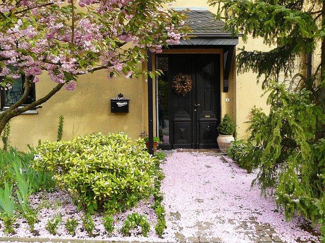 Frühlingscheck bei der Immobilie
